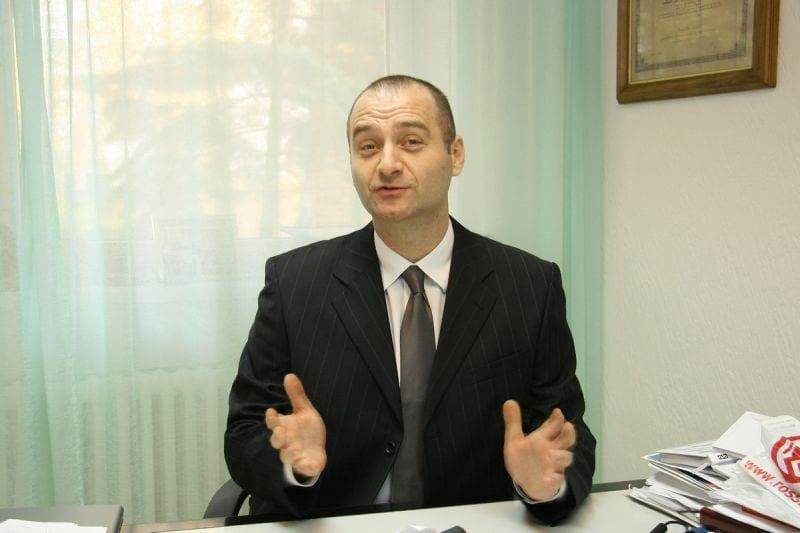 "NENAD IVANIŠEVIĆ KAO PRIMER DA JE UVERENJE RELATIVNA STVAR: ANTIPROTIVNO ""ZA"""