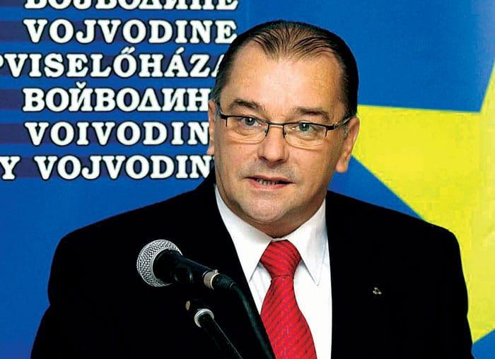 EGEREŠI: REPUBLIČKA VLADA BI TREBALO DA KONSULTUJE POKRAJINSKU