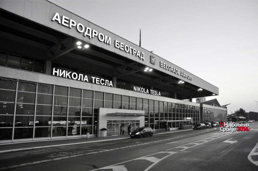 "PIŠTALJKA: AERODROM ""NIKOLA TESLA"" ZAPOSLIO 778 LJUDI BEZ KONKURSA"