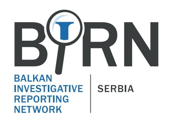 BIRN: Preko eUprave se za vakcinisanje prijavljuju i stranci, dovoljno da imaju srpski mobilni
