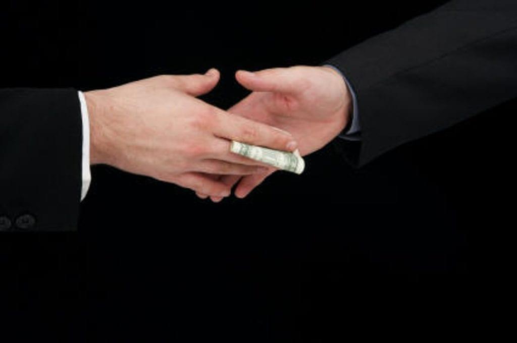 TRANSPARENTNOST SRBIJA: ENDEMSKA KORUPCIJA U DRUŠTVU
