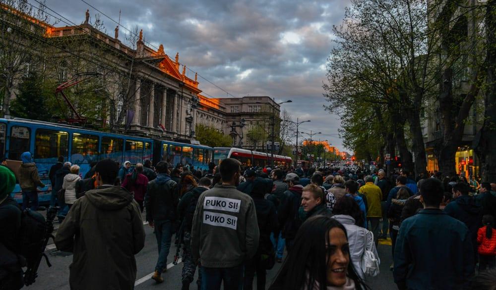 ČETVRTI DAN PROTESTA U BEOGRADU, NOVOM SADU, NIŠU, KRUŠEVCU…