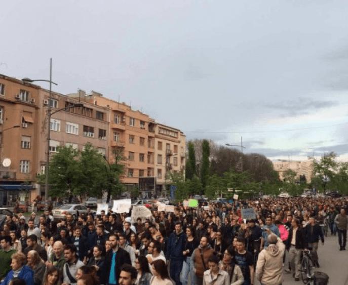 VIŠE HILJADA STUDENATA NA ULICAMA NOVOG SADA, SUTRA NOVI PROTEST