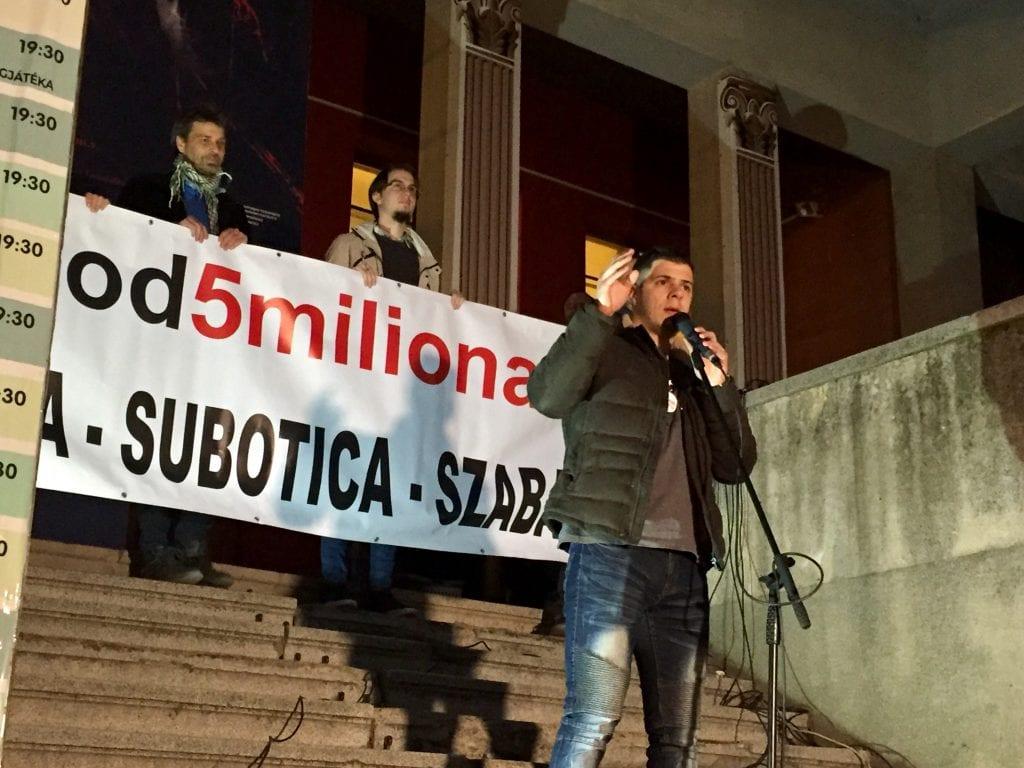 """ODRŽAN SEDMI PROTEST GRAĐANA: """"MEĐU NAMA HODAJU NASILNICI, SILEDŽIJE, SILOVATELJI I UBICE"""""""