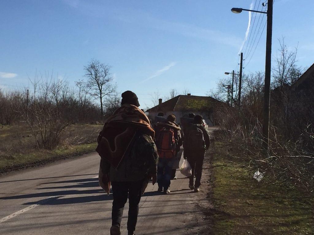 Centar za zaštitu i pomoć tražiocima azila: U Subotici i Horgošu 1.000 migranata na otvorenom