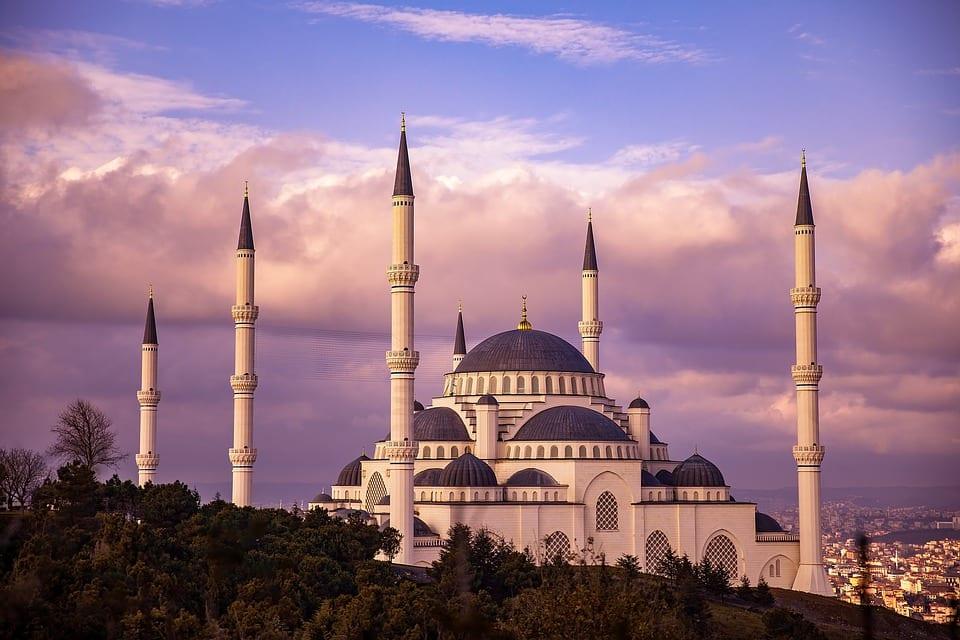 "Turska pooštrava kontrolu društvenih mreža kako bi ""iskorenila nemoral"""