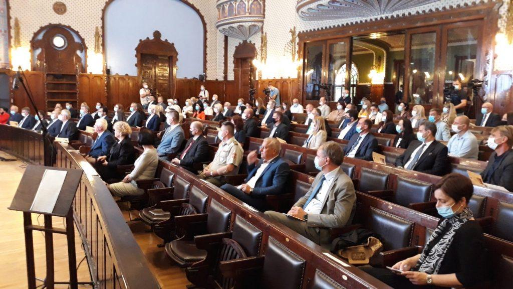 Svečana sednica za Dan grada: Proglašen Počasni građanin Subotice i dodeljena priznanja Pro Urbe