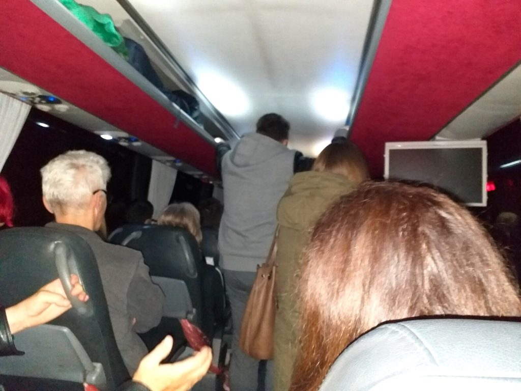 Subotica: Gužve u autobusima, pojedini javni prevoznici ne poštuju mere zaštite