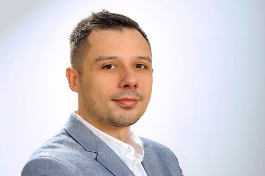 Šinković: I institucije učestvuju u stvaranju društvene klime netrpeljivosti prema neistomišljenicima