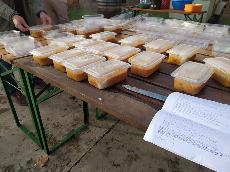 """U akciji """"Obrok solidarnosti"""" do sada podeljeno 1.890 obroka najugroženijim Subotičanima"""