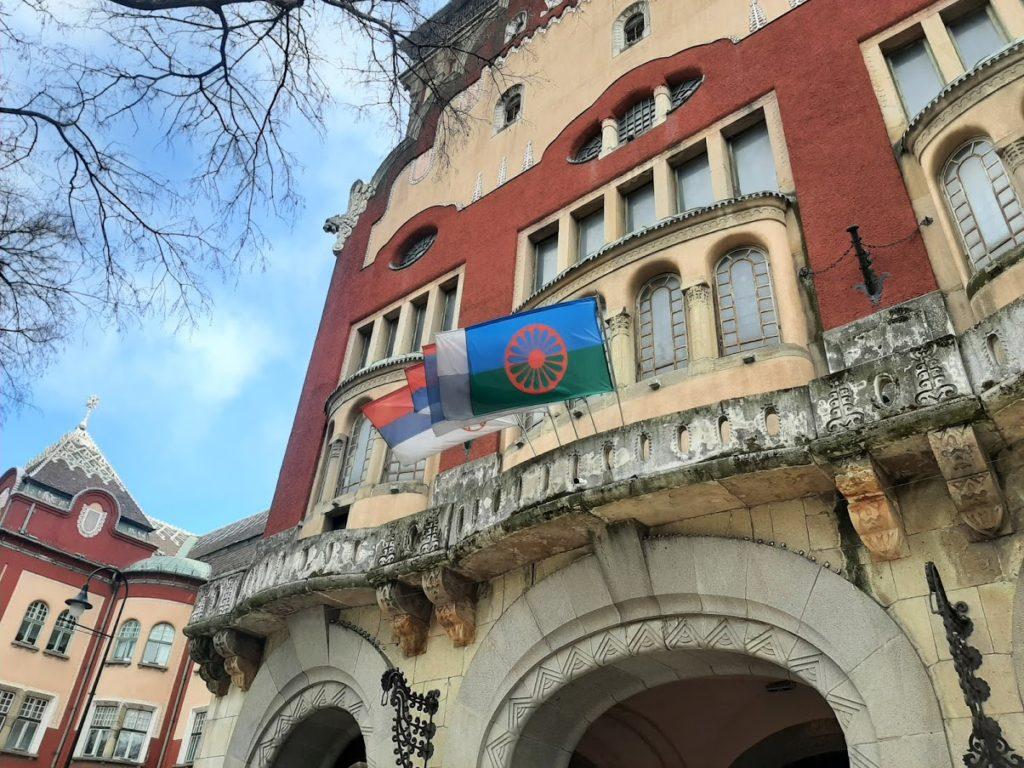 Svetski dan Roma, 8. april, obeležen u Subotici isticanjem romske zastave na Gradskoj kući