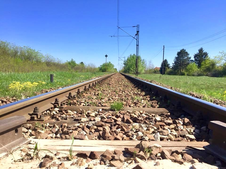 Počelo uklanjanje starih šina u okviru pripremnih radova za rekonstrukciju pruge Subotica-Horgoš