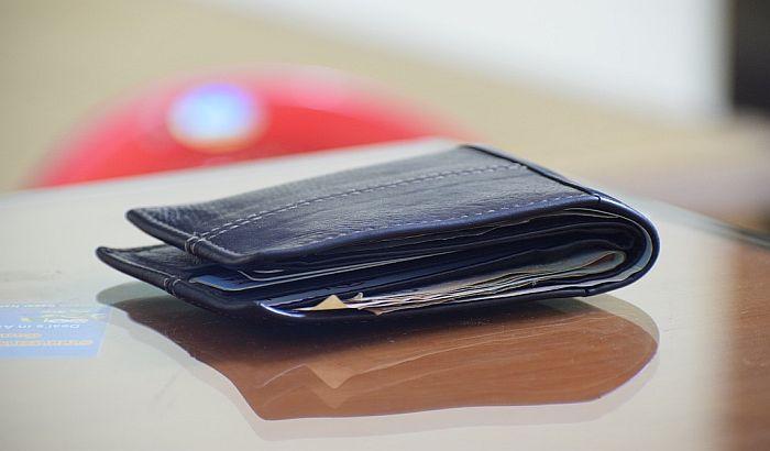 Izgubljen novčanik vraćen zahvaljujući migrantu iz Iraka