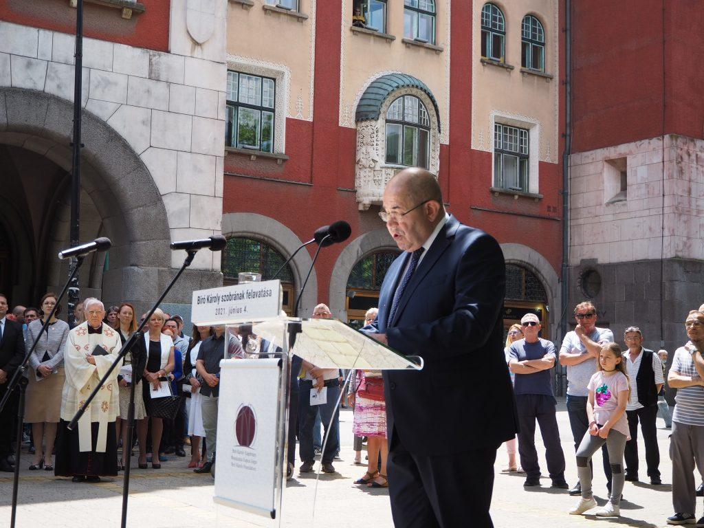 Pastor zakazao razgovore sa predstavnicima mađarskih pozorišta u Vojvodini za 6. septembar