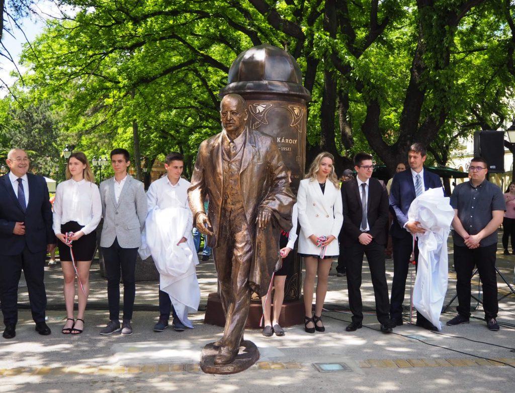 Otkriven spomenik nekadašnjem gradonačelniku Subotice Karolju Birou