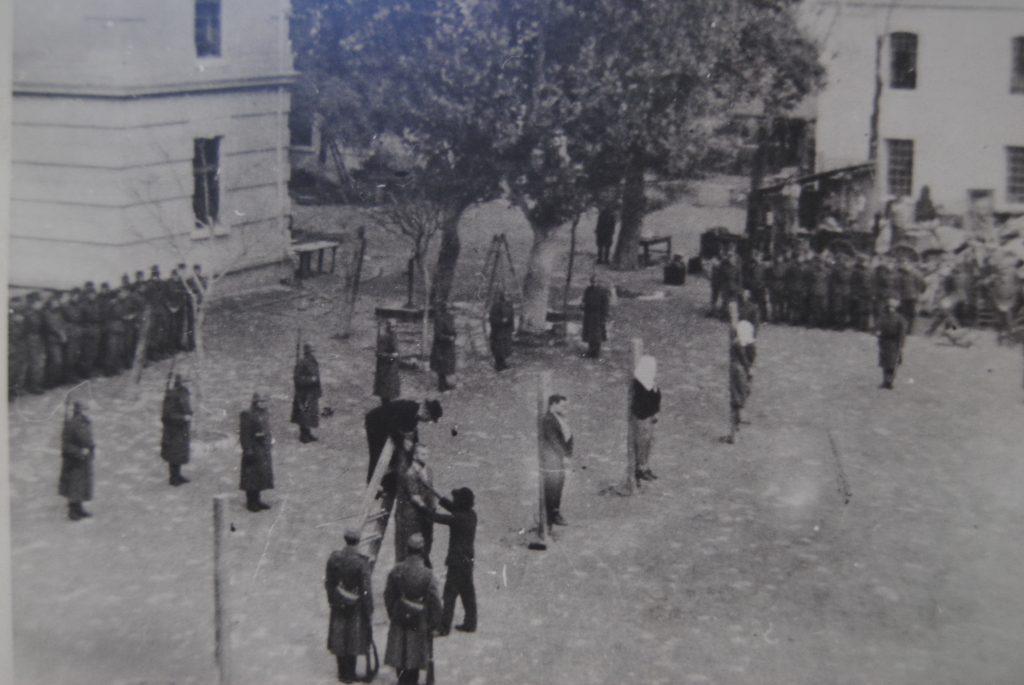 Mračna istorija mučilišta i terora u Žutoj kući u Subotici: Razbijene glave, danonoćna surova batinanja kundacima i cokulama