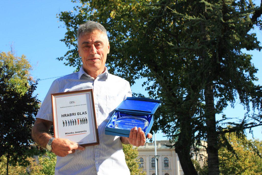 """Milenko Jovanović, uzbunjivač iz Agencije za zaštitu životne sredine, dobitnik priznanja """"Hrabri glas"""" za 2021. godinu"""